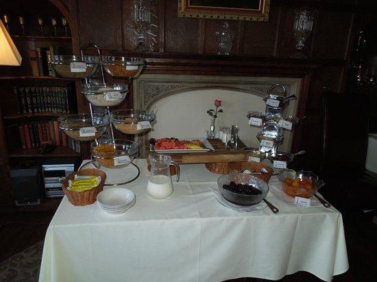 Sea Marge Hotel: Breakfast selection