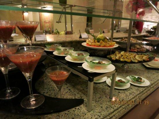 The Palace Port Ghalib : Dinner - luxury food! Very tasty!