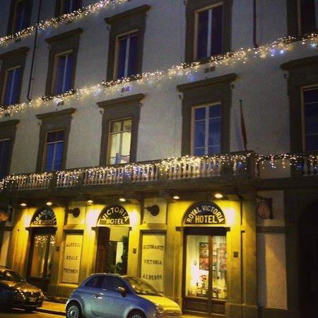 Royal Victoria Hotel : Façade de l'hôtel