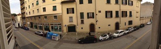 Hotel Rita Major Florence : Vue depuis la chambre