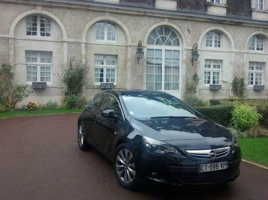 Château de Beauvois : Frente do Hotel