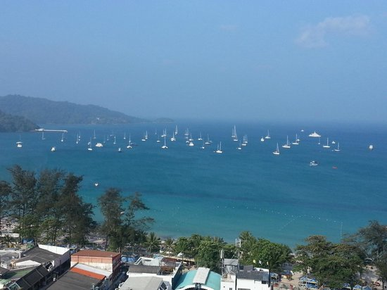 Patong Tower Holiday Rentals: view to the south