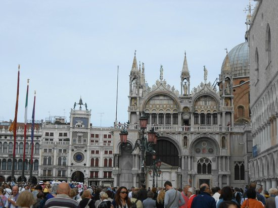 Piazza San Marco (Plaza de San Marcos): piazza San Marco