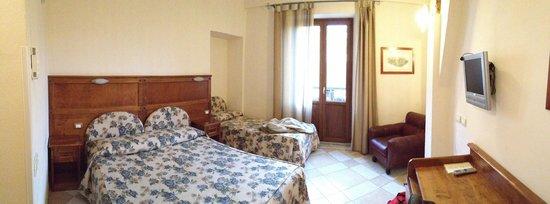 Al Mercato B&B: Chambre avec balcon