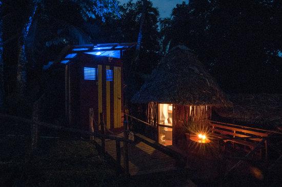 Free Spirit Inn: Night Lights