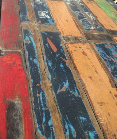 Rancho Pescadero: Cool painted tables