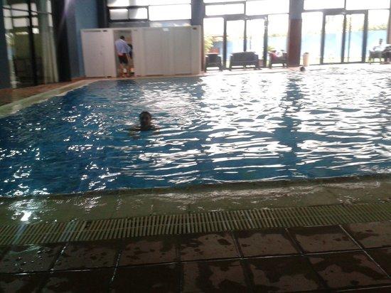 Hotel Cesar: Indoor pool