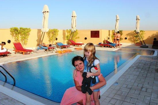 Moscow Hotel: Бассейн на крыше отеля