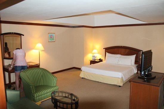 Baiyoke Sky Hotel: The hotel room