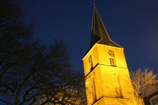 Jacobuskerk: Evening view of the tower