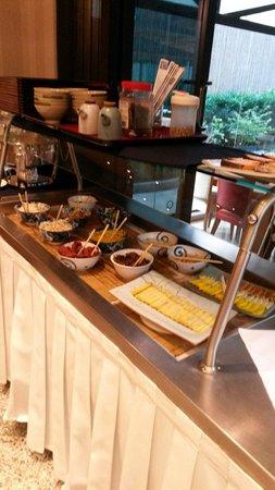Matsubara Hotel: Café da manhã com opções típicas japonesas