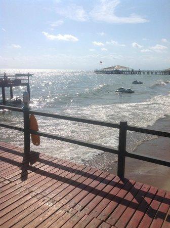 Cornelia Diamond Golf Resort & Spa: Sea view on the way out to the deck