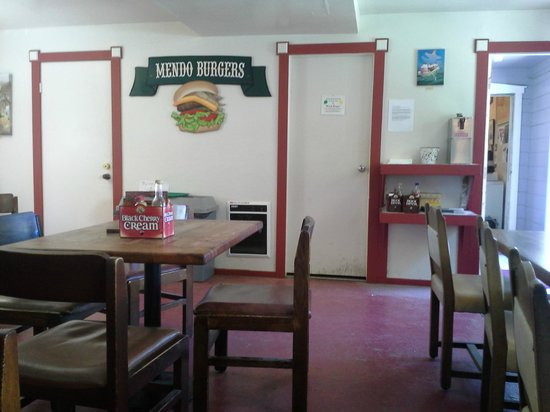 Mendo Burgers: Inside eating area, the doorway to the right is where you enter and order. Then come over or out
