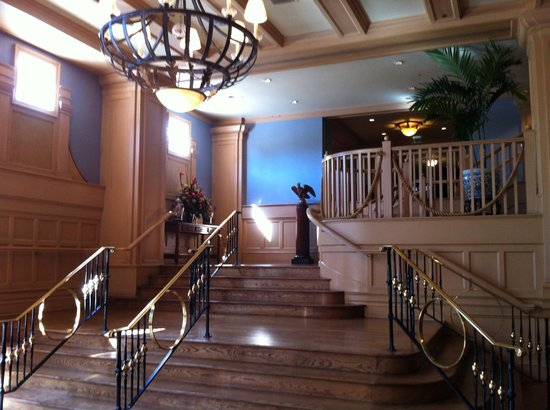 Disney's Yacht Club Resort: The Grand Staircase in the lobby