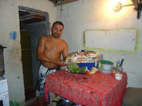 Playa Santa Teresa: Cocinando Pargo Rojo