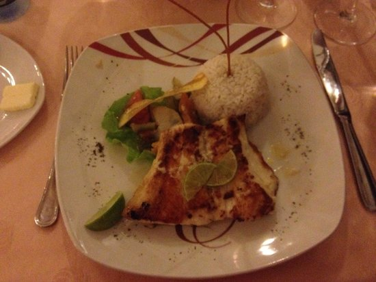 Hotel E Velasco: a nice dish for both the eye and the stomac