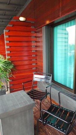 QuaySide Hotel: the balcony.