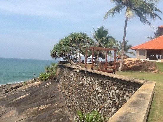 Saman Villas on a granit rock