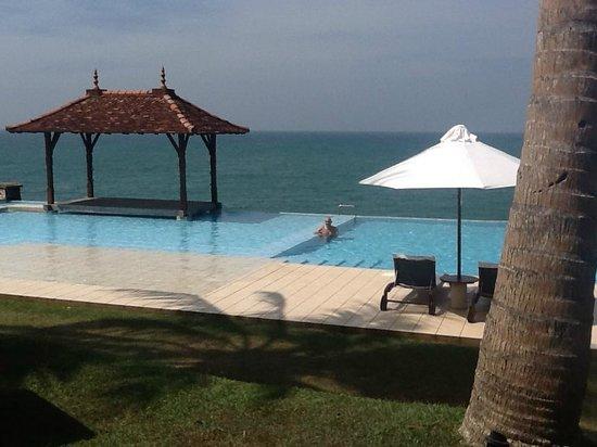 """Saman Villas: Infinity - Pool in """"ocean-pool"""""""
