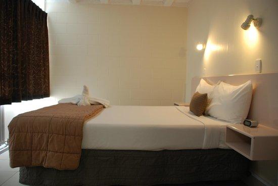 Grafton Oaks Hotel: SUITE BEDROOM
