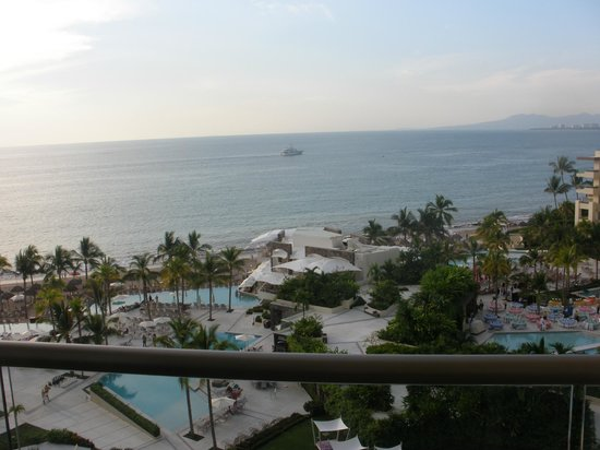 Secrets Vallarta Bay Resort & Spa: View from our 7th floor room