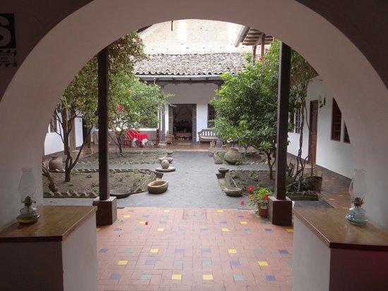 Casa Vieja: Courtyard