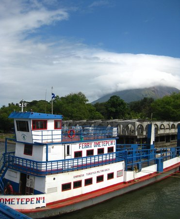 Puesta del Sol: Ferry to the island, leaving many times a day