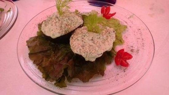 Marlena's Restaurant & Bar : Shrimp stuffed avacado