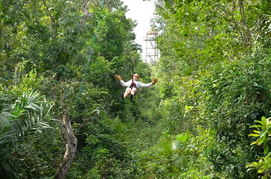 Aventuras Mayas: Zip Line