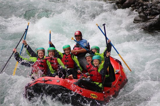 Rafting New Zealand: a great day on the river