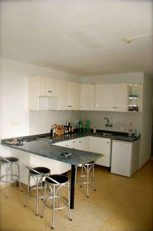 Corona Roja - Playa del Ingles: Lovely Little Kitchen Area.