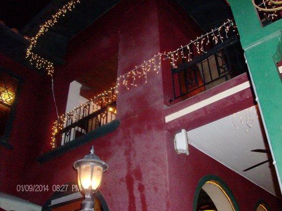 Meehan's Irish Pub : Corner Bldg
