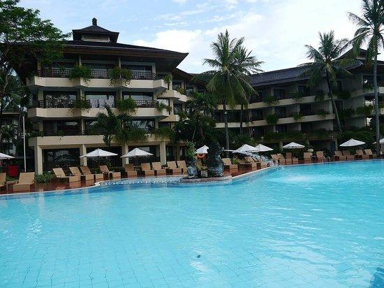 Prama Sanur Beach Bali : pool