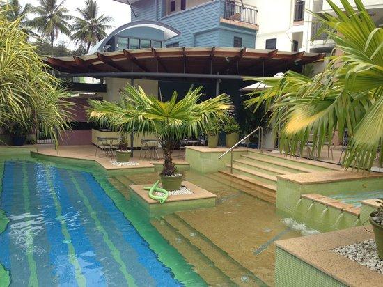 Peninsula Boutique Hotel: Beautiful pool