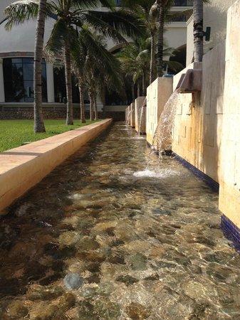 Marriott Cancun Resort: Grounds