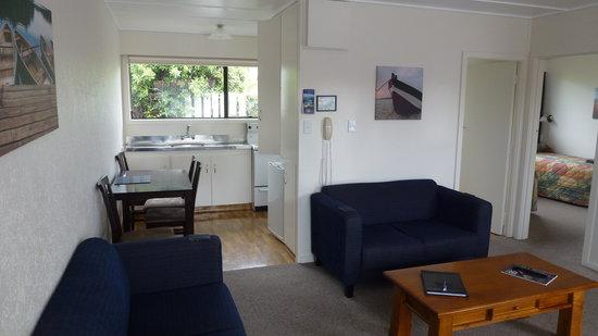 ASURE Adcroft Motel : Room 5, 2 bedroom motel
