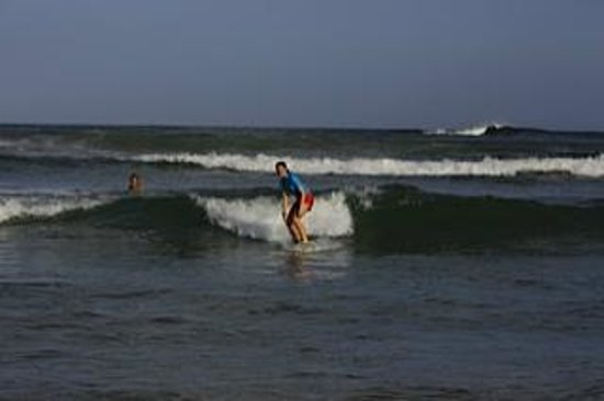 Tangalle, Sri Lanka: nice wave