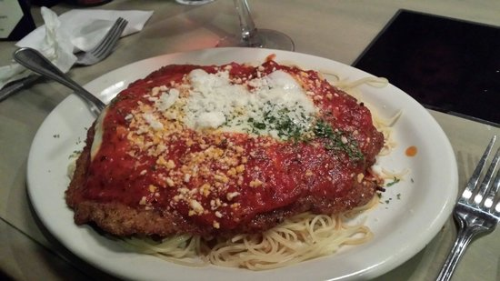 Delmonico's Italian Steakhouse: Veal parmesan!