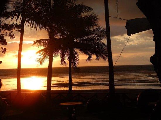 Jaco Laguna Resort & Beach Club: Sunset