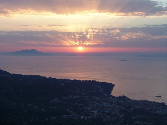 Hotel Prestige Sorrento: View from our private balcony.