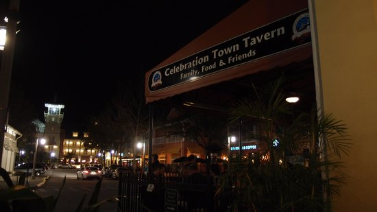 Celebration Town Tavern: Entrance