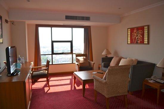 Amora Resort Tapae Chiangmai : Ambassador Suite Living room