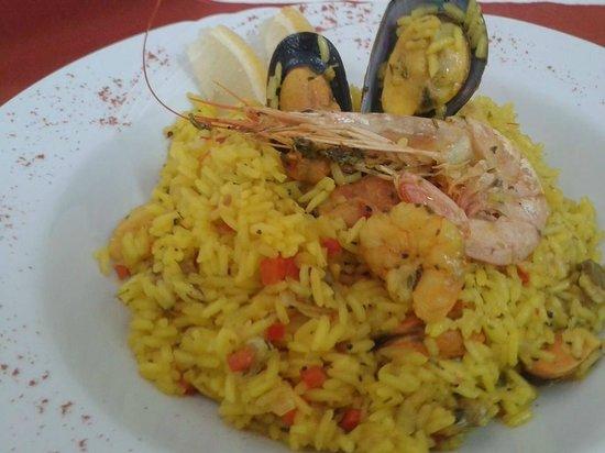 Cardamomo Restó: Paella