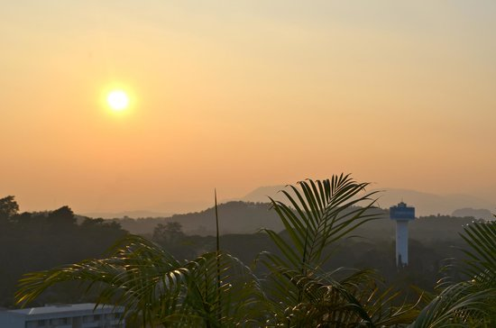 Dusit Island Resort Chiang Rai: View from Peak resturant