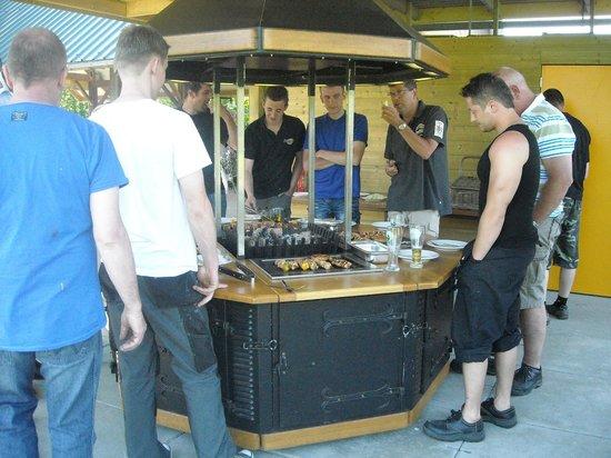 Hotel De Watermolen: BBQ