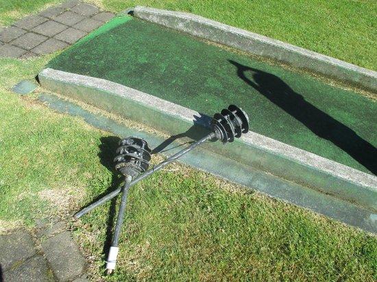 SilverOaks Resort Heritage: kids mini golf - lights smashed, just left there