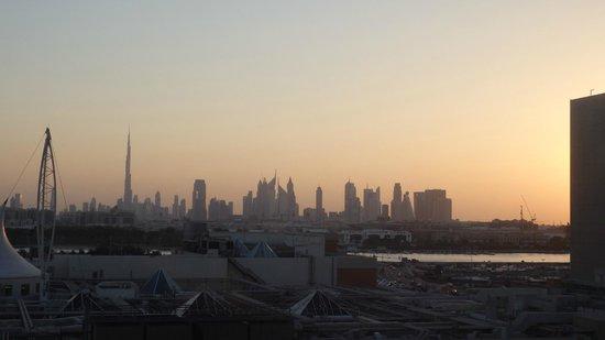 Novotel Deira City Centre: Dubai Skyline