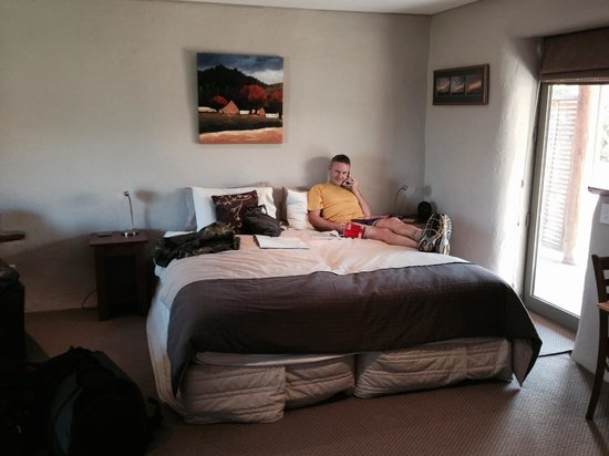 Ardgour Strawbale Bed & Breakfast: Bed - very comfy!