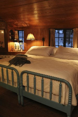 The Lodge at Glendorn: Roost Bedroom