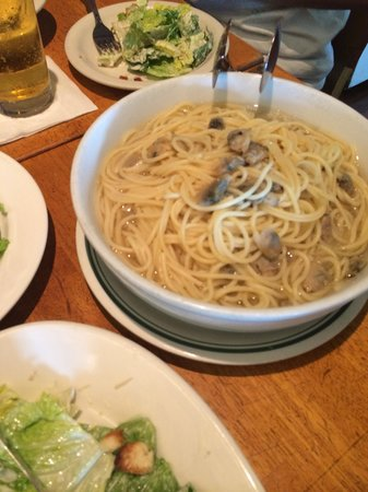 カプリチョーザ タモン・パシフィック・プレイス店, アサリのあっさりスパゲティー